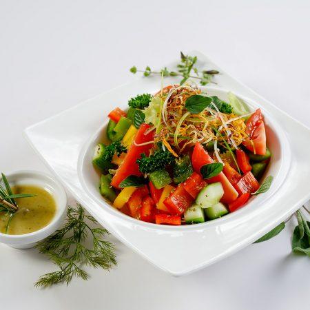 Fresh Green Garden Salad